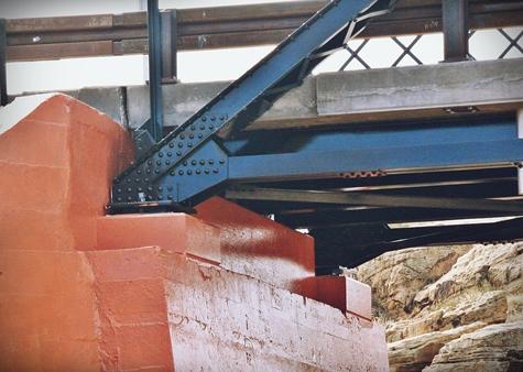Historic Chevelon Creek Bridge, Abutment